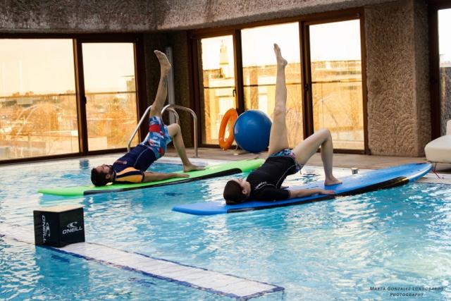 Pilates y Yoga sobre una tabla de SUP… lo nuevo de UP surf club