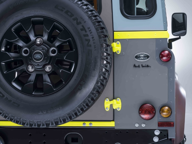 Land Rover Defender_By Paul Smith (640x480)