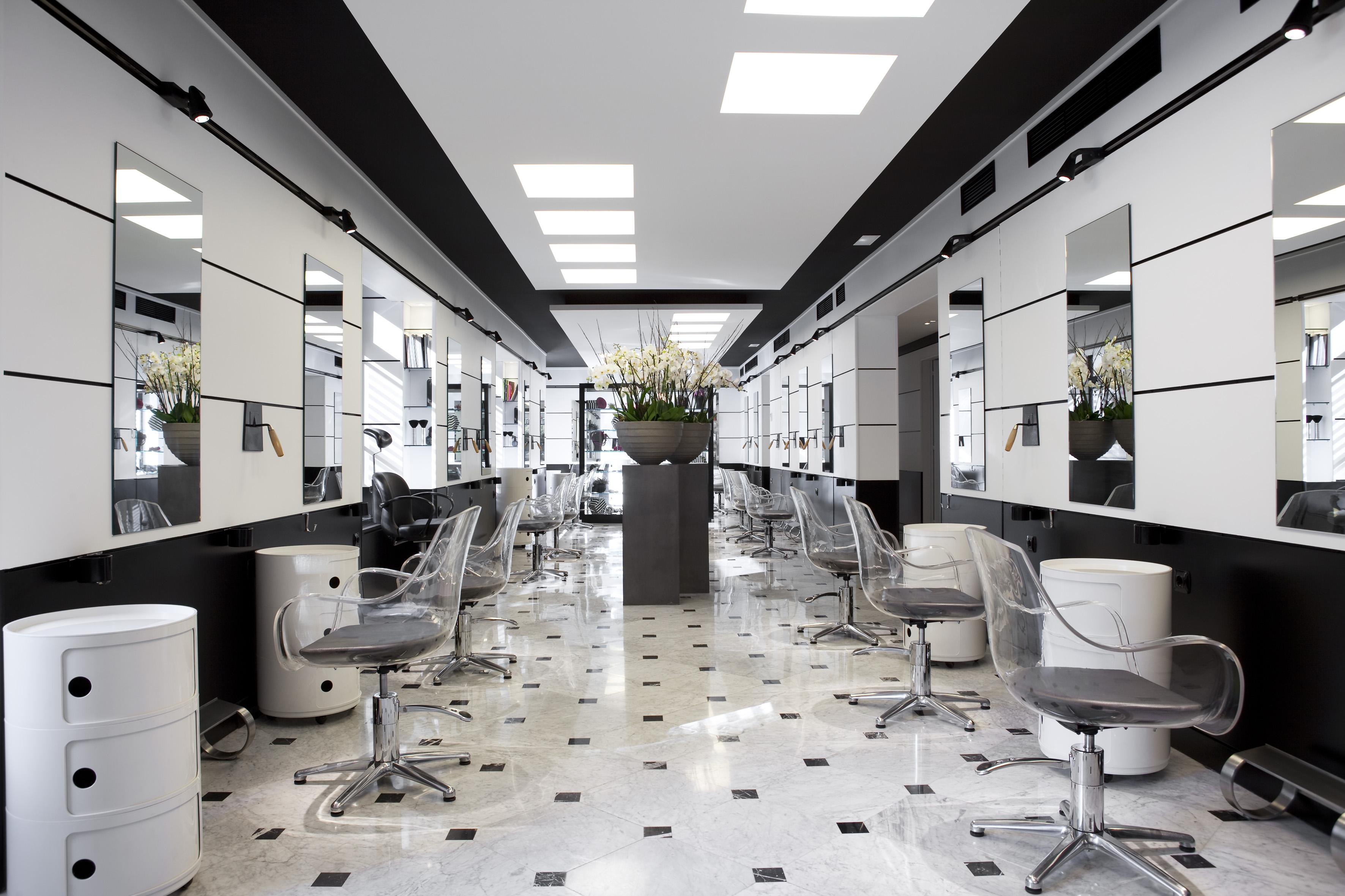 Nutritox para reestructurar el cabello en el nuevo Salón Noelia Jiménez